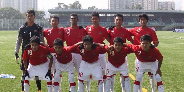 http://1.bp.blogspot.com/-mG7P1V2q4Dk/UILNL0XDNnI/AAAAAAAASn4/MT_NJY93wak/s640/Indonesia+U-18+vs+Pakistan+U-18.jpg
