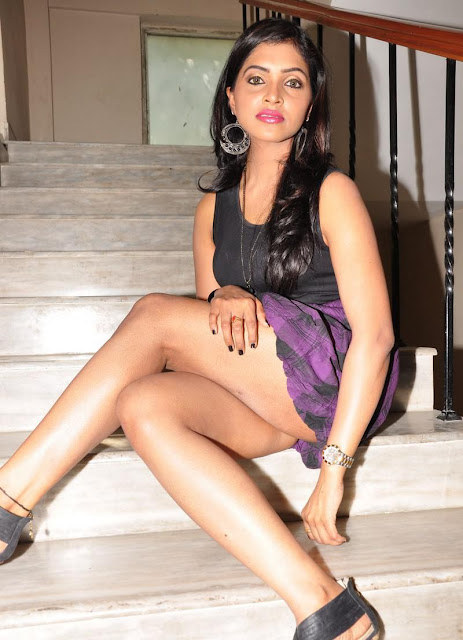 Sanchita padukonee latest hot pictures