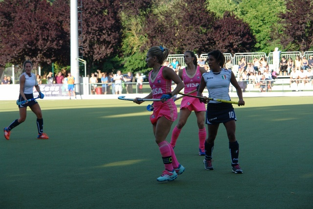 Hockey Delivery -