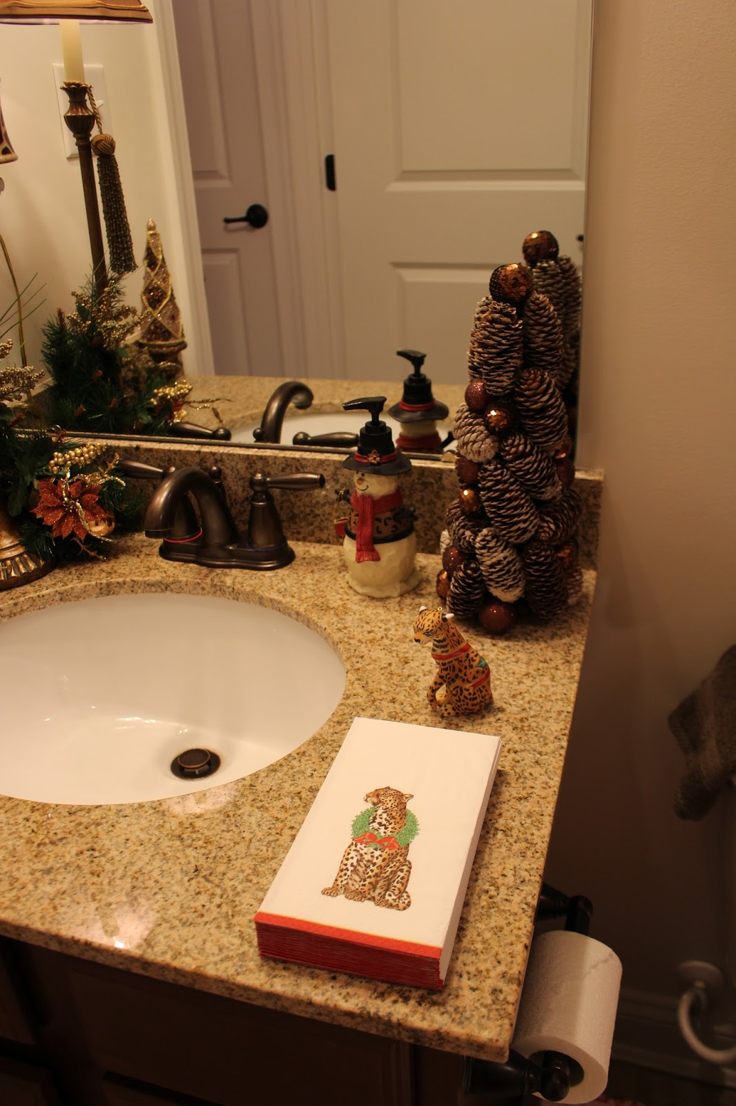 Designs by pinky christmas house tour 2015 for Megan u bathroom tour