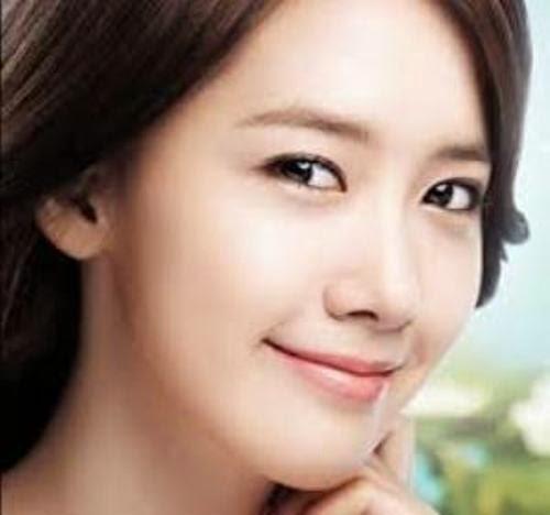 Senam wajah untuk menjaga elastisitas kulit