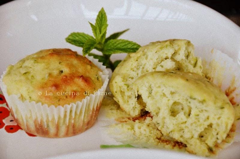 muffin salati zucchine, yougurt e profumo di menta