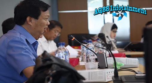 YouTube akhirnya mengabulkan permintaan Kementerian Komunikasi dan Informatika (Kominfo) untuk memblokir tayangan video kartun Nabi Muhammad agar tak bisa lagi diakses dari Indonesia.