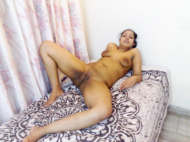 desi girl reeta in hotel fucked by uncle   nudesibhabhi.com