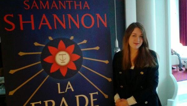 Samantha Shannon, autora de La Era de Huesos