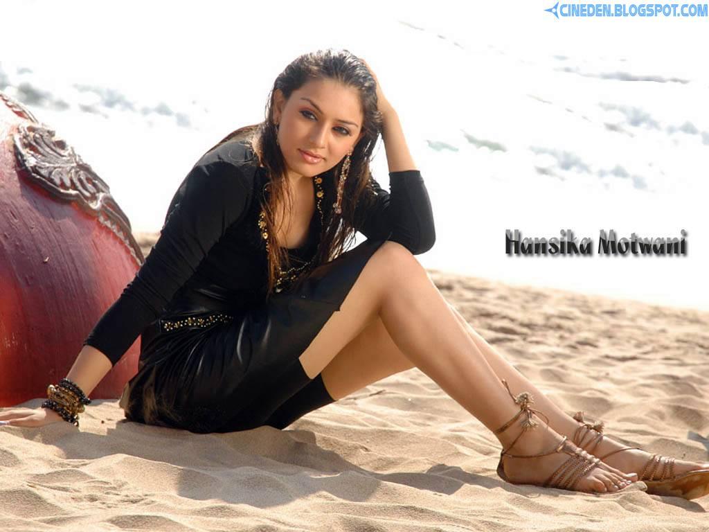 Hansika furious over leaked photos with Simbu - CineDen