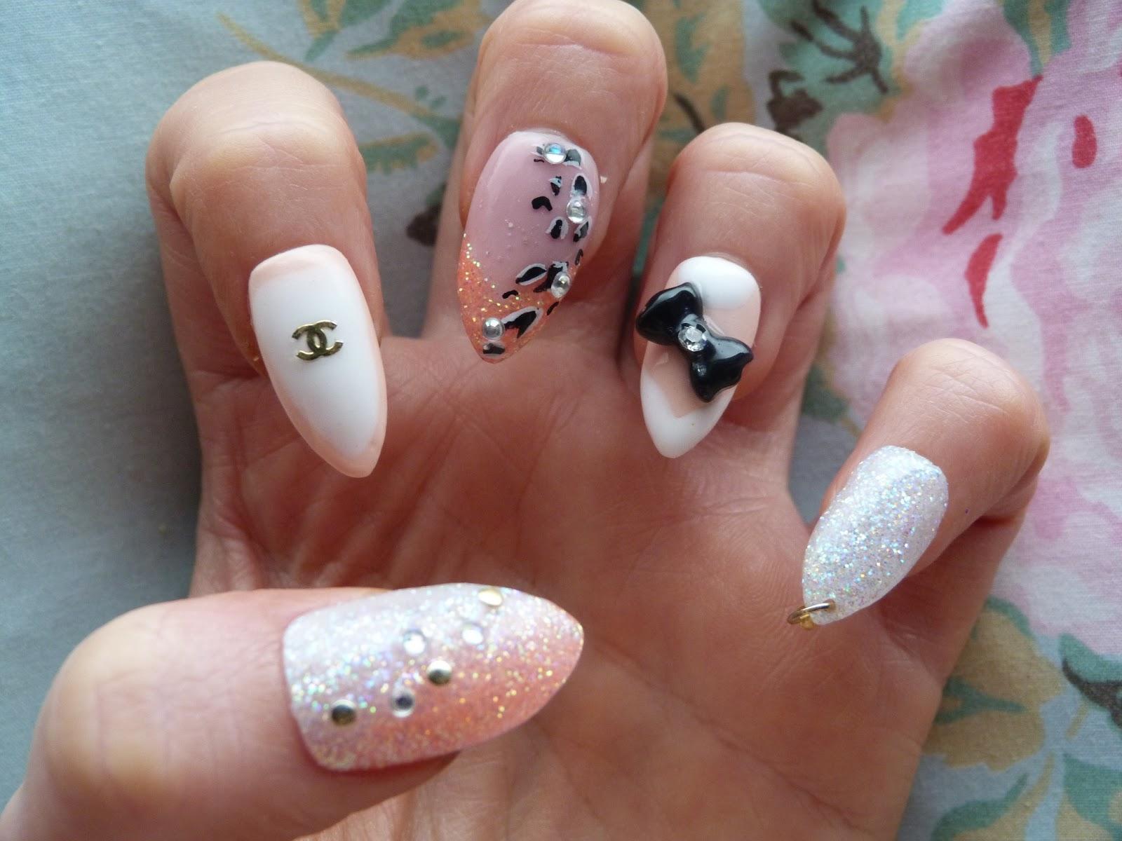 Jessie Obsessed: Stiletto Nails