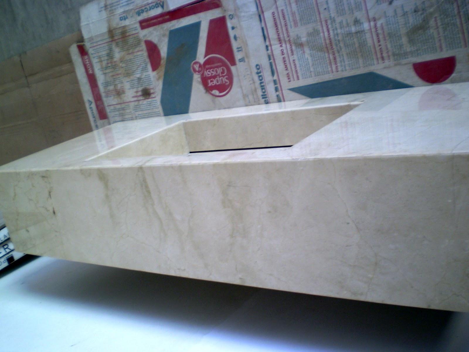 Casa da Áurea: Bancada com cuba escavada em Crema Marfil #613042 1600 1200