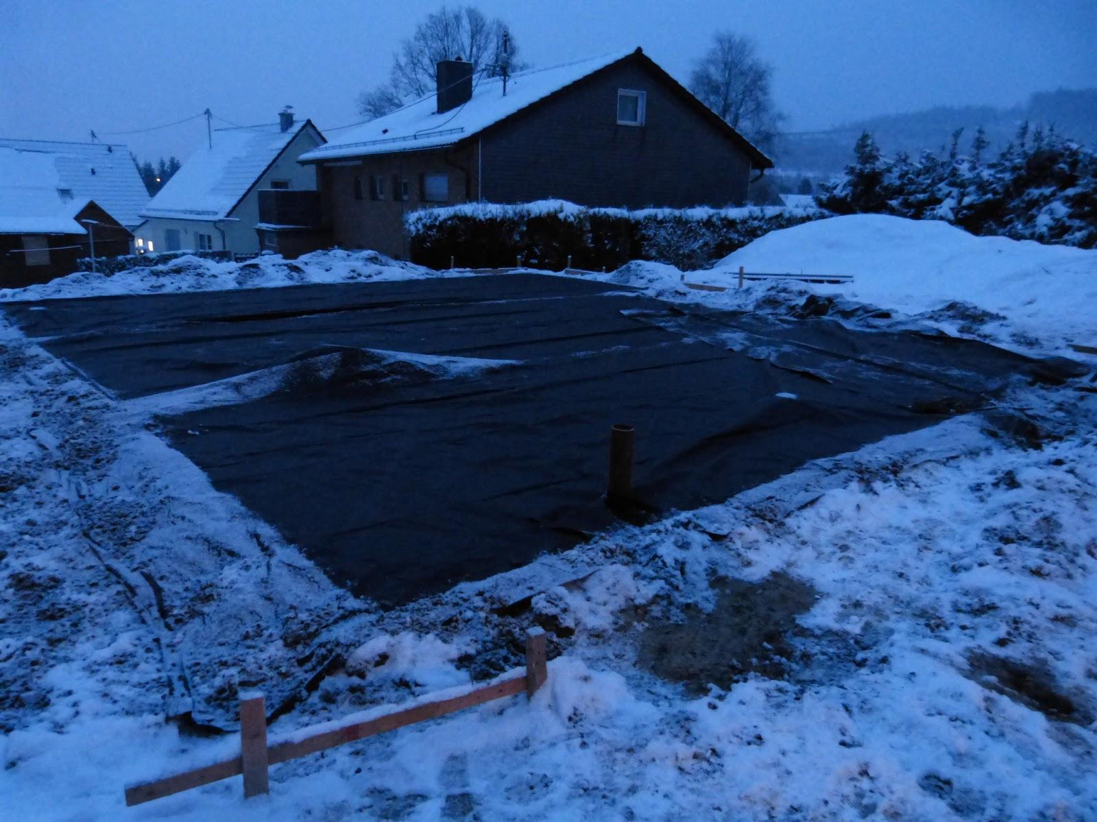 Miriam Und Daniel Bauen Eine Decke Fur Die Bodenplatte