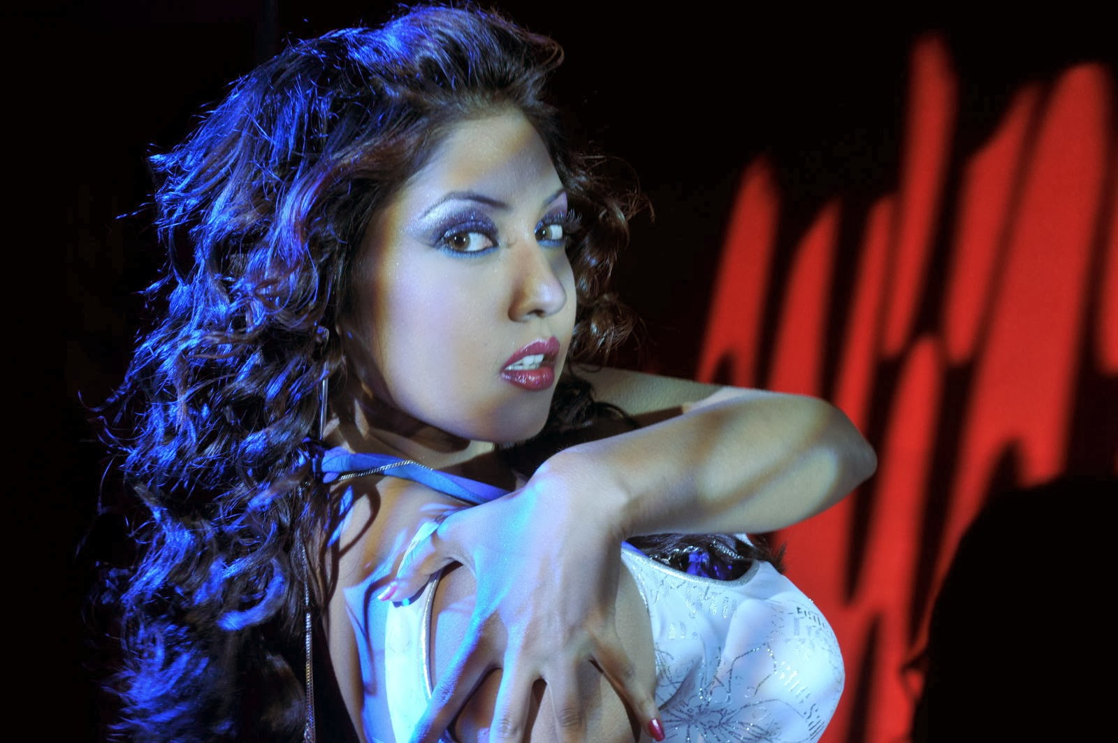 Dancing diva Komal jha hot photo gallery