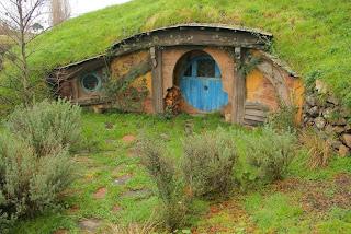 Rumah Para Hobbit di Film Lord of Rings Jadi Rumah Domba (sukmagie blog)
