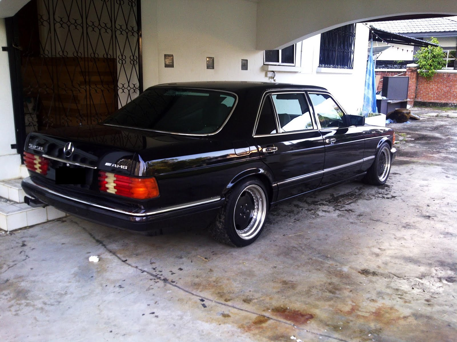 Brunei mercedes owner group april 2011 for Mercedes benz w126 for sale