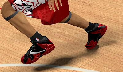 NBA 2K13 Nike LeBron 11 (Red and Black)