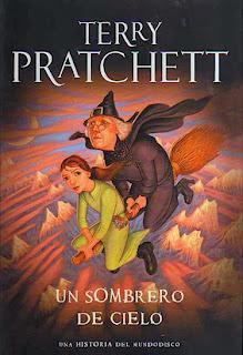 Un sombrero de cielo de Terry Pratchett