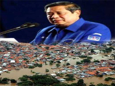 Rakyat Ditimpa Musibah Banjir Presiden SBY Pentingkan Partai