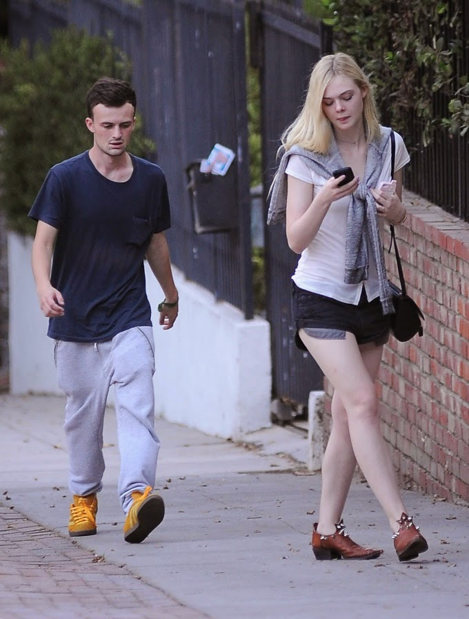 Street Style: Elle Fanning paparazziPhoto Galleries 2014