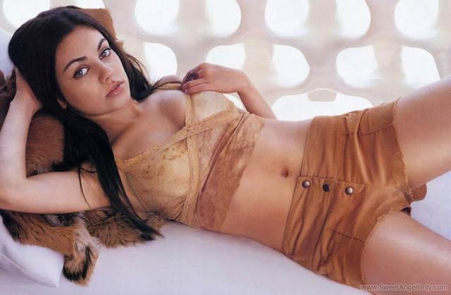 Mila Kunis Latest HD Wallpaper-04-1600x1200