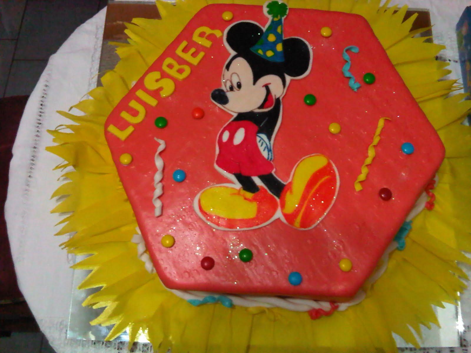 LAS TORTAS DE ARA: Torta de Mickey Mouse