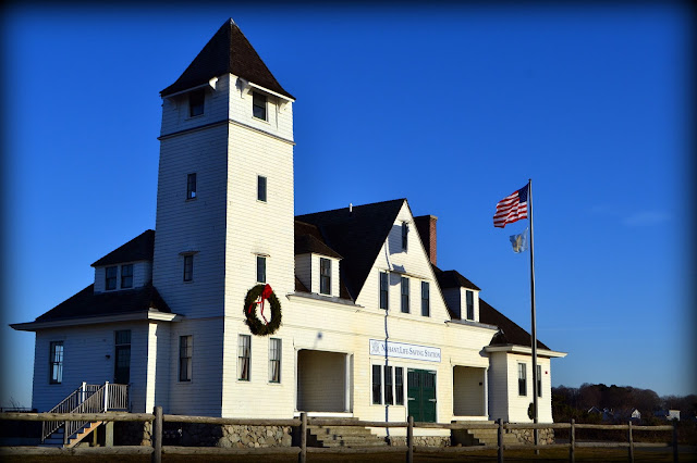 Nahant, Coast Guard, Station, Massachusetts, wreath, christmas, flag
