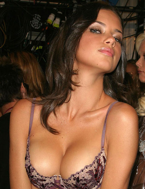Fashion Model Adriana Lima6