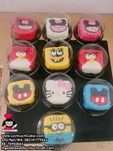 Mini Cake Ulang Tahun Mickey Mouse