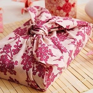 Unique and Easy Holiday Gift Wrapping Ideas