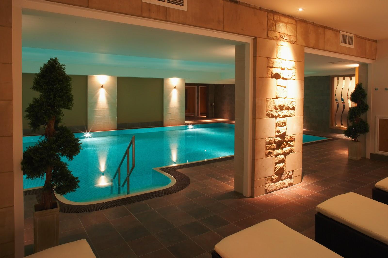 Tripadvisor uk january 2013 for Garden hills pool hours
