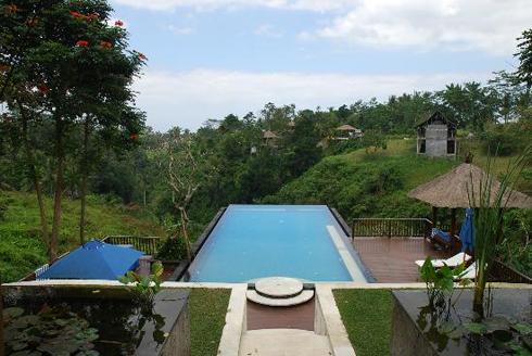 Amori Villa Pool
