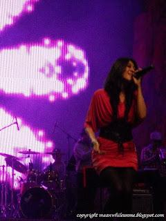 Penyanyi Cantik Trans Studio Bandung