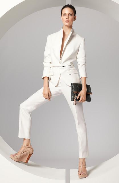 escada beyaz ceket, beyaz pantolon