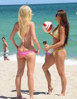 Anais Zanotti Ana Braga Bikini Miami