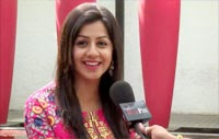 Tamil Horror Movie Darling Heroine Nikki Galrani Talks About Her Experience