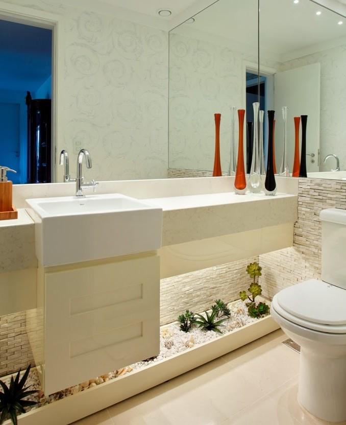 decoracao no lavabo:Banheiros/lavabos com jardins de inverno e verticais – veja modelos