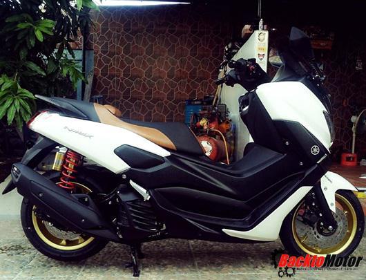 Foto Gambar Modifikasi Motor Yamaha NMAX Putih Shock Tabung