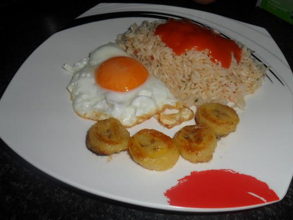 Arroz a la cubana cocinar en casa es - Calorias arroz a la cubana ...