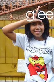 Gleeks w/ ' lady moodbraker' t-shirt