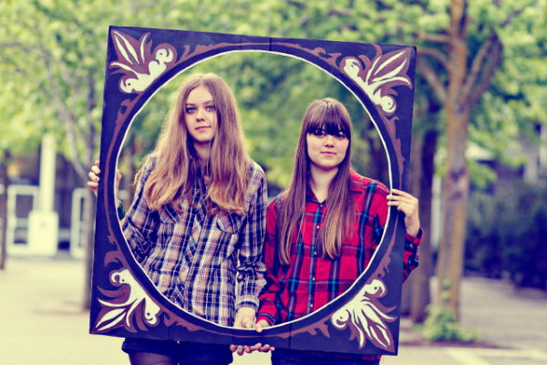 First AId Kit duo de folk desde Suecia conformado por las hermanas Söderberg