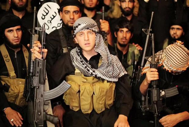 """Militante ISIS apelidado de """"Ginger jihadista"""" teria sido morto em um ataque aéreo"""