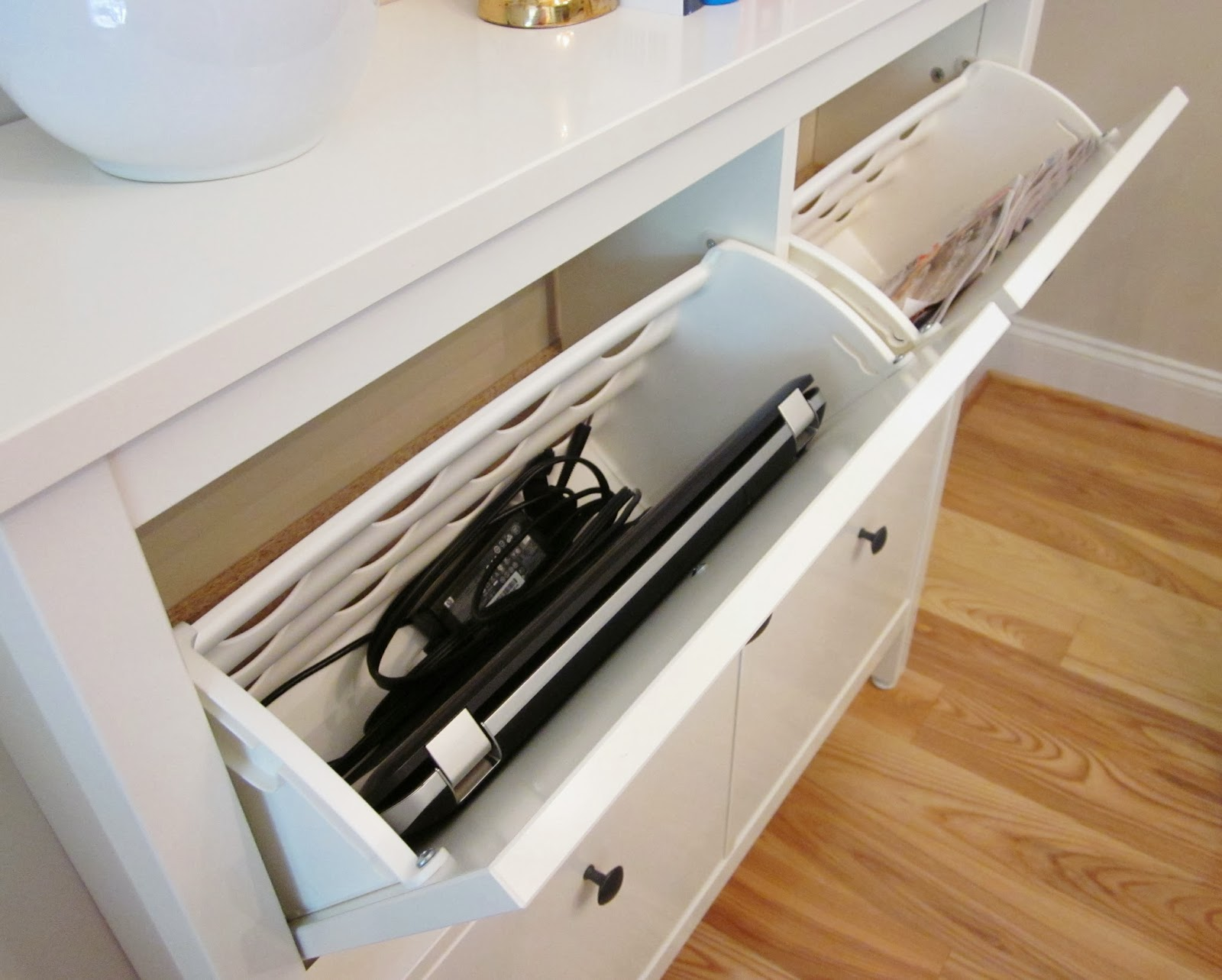 Bonnieprojects small space solution ikea hemnes as a buffet - Ikea small space solutions collection ...