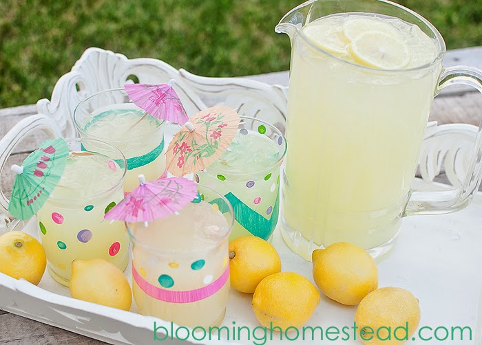 http://www.bloominghomestead.com/2014/07/diy-painted-glasses.html
