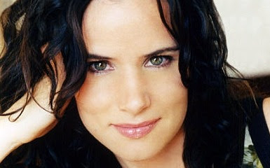 Juliette Lewis Follows Geno's World On Twitter
