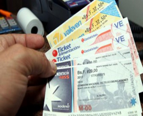 Cesta Ticket Socialista