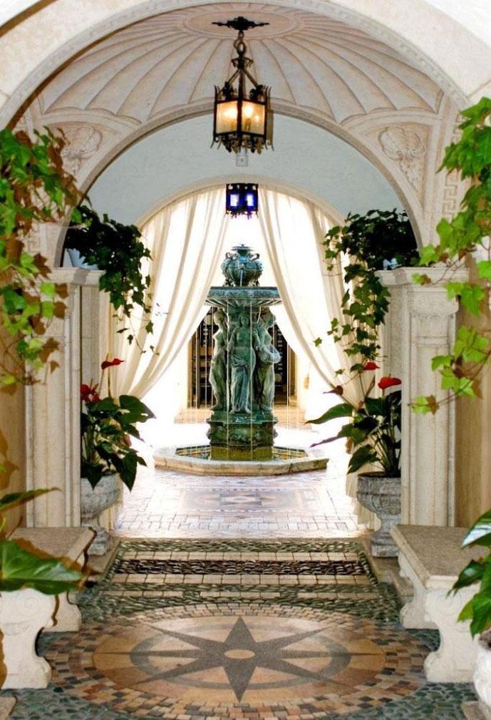 Versace Casa Casuarina Florida