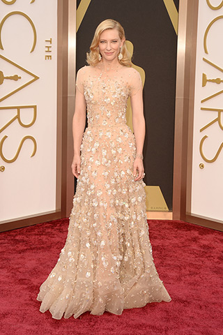 http://www.style.com/peopleparties/parties/slideshow/redcarpet-030214_oscars_2014/?iphoto=0
