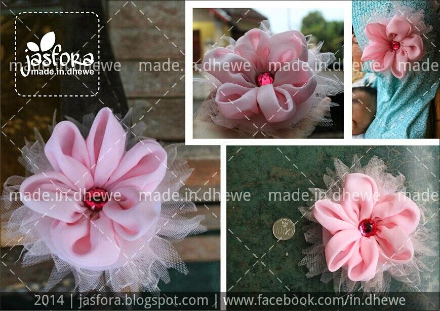 bros bunga kain jilbab dari sifon ceruti dan tile warna merah muda baby pink