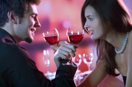 Bersulang Penuh Cinta Full View Kategori: Romantis