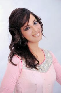 Farah Hussain pics