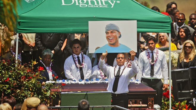 junior seau funeral