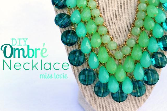 http://missloviecreations.blogspot.com.es/2012/07/ombre-necklace-tutorial.html
