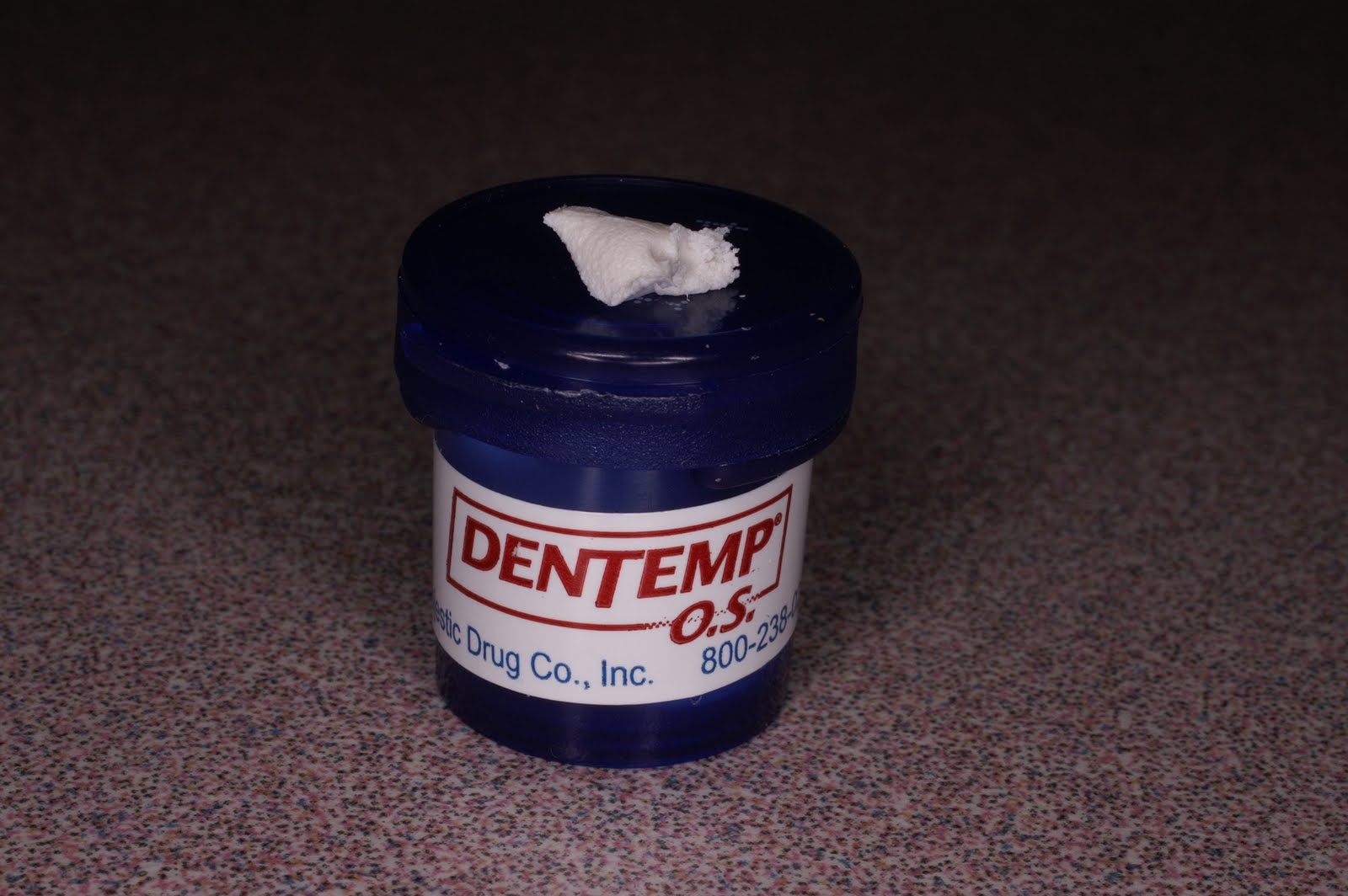Broken crown or temporary read before you diy straight from the denture fix diy below are the various cements and tools used by dentists for temporary and final cementation in an office such as ours we typically have solutioingenieria Images